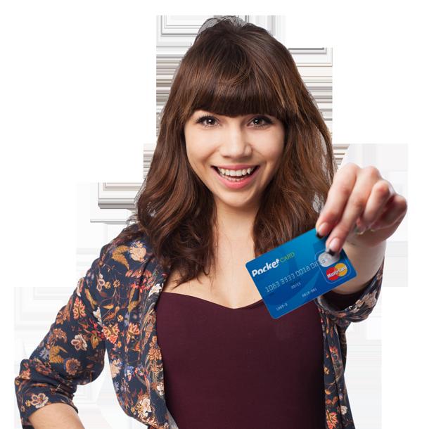 Garota segurando cartão PockeCard_campanha de incentivo e cartões de crédito